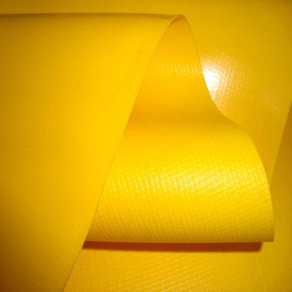 żółte plandeki